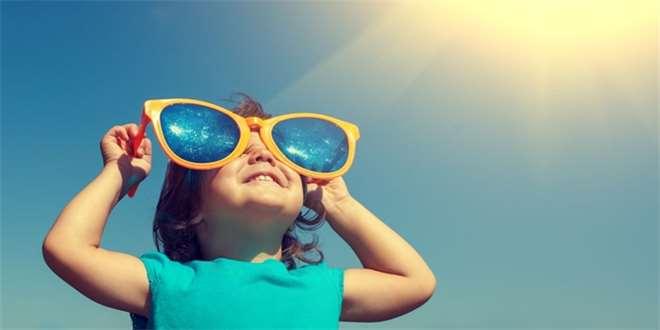 Když je slunce nepřítel... Poradíme vám, jak vyzrát na sluneční alergii u dětí