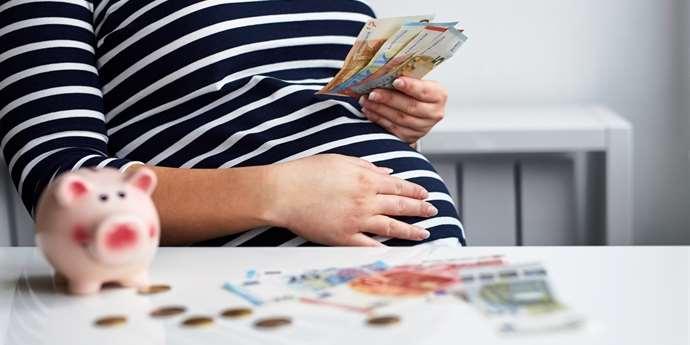Zdravotní pojišťovny přispívají maminkám. Na co všechno?