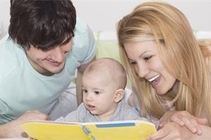 Čtěte dětem už od narození: Rozvíjíte jejich slovní zásobu a obrazotvornost