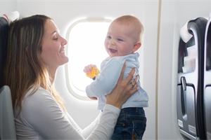 Cestování s dětmi letadlem nemusí být stres. Co je dobré předem vědět?