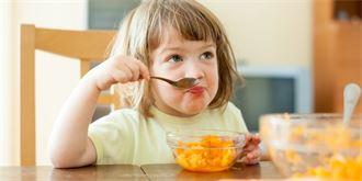 Veganské jídlo ve školkách  Podle odborníka dětem spíše škodí. Výživa a  stravování 04008d7b79