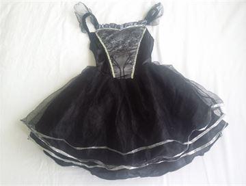 Prodám  Karnevalový kostým malá čarodějnice 104 – bazar Maminka.cz f9af6925c3