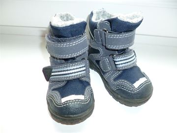 Prodám  Zimní boty Superfit vel. 20 – bazar Maminka.cz 938a9c97ea